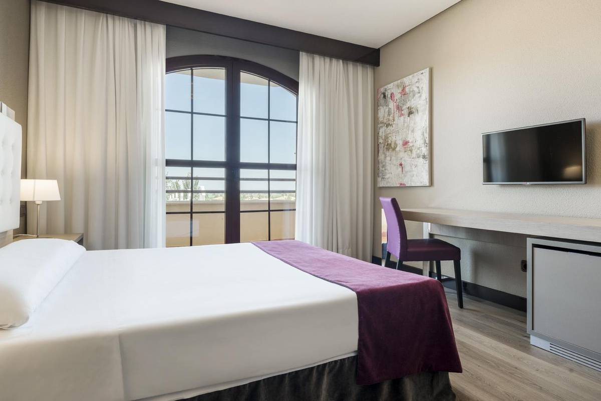 Double Room ILUNION GOLF BADAJOZ